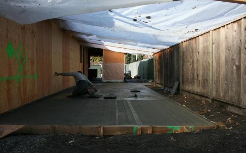 Concrete Foundation Setting